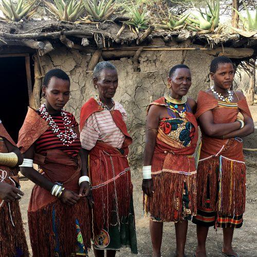 TANZANIA Tra safari e popolazioni